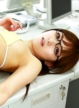 Yu Asakura shows nasty bum and sexy tummy at the office