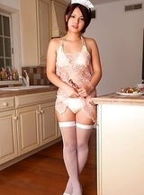 Tsubasa Akimoto in kinky lingerie has candies to offer